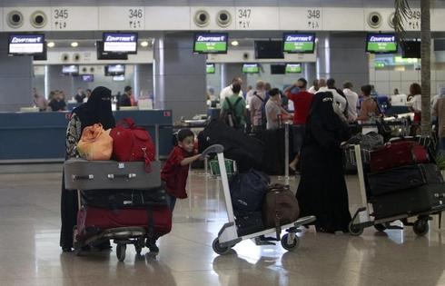 Tunisia, Egypt halt Libya flights over security fears