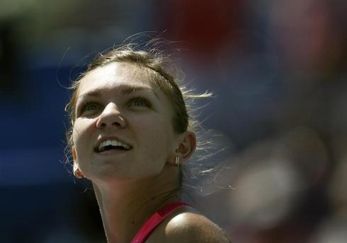 Second seed Halep survives scary start at U.S. Open