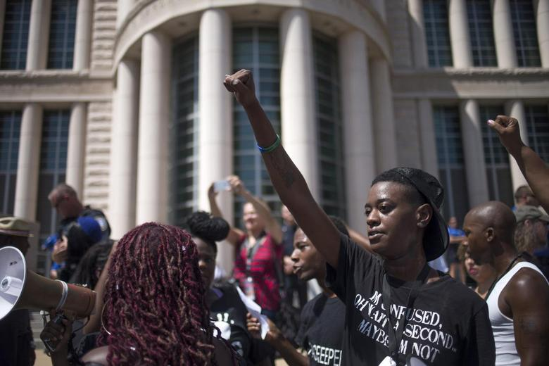 Demonstrations resume in Missouri over shooting death...