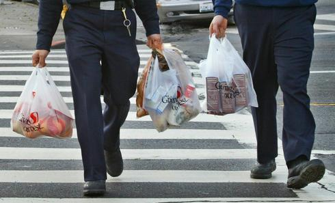 California passes plastic bag ban, would be first such law in U.S