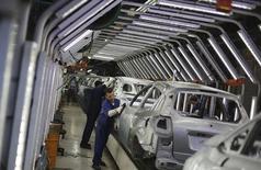 Metalúrgicos trabalham em fábrica da Ford em São Bernardo do Campo, na Grande São Paulo. REUTERS/Nacho Doce