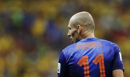 Arjen Robben, da Holanda, em partida da Copa do Mundo em Brasília. 12/07/2014 REUTERS/Ueslei Marcelino
