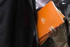 Face à l'engouement des investisseurs, le chinois Alibaba a relevé lundi la fourchette de prix de son introduction en Bourse aux Etats-Unis pour la porter entre 66 et 68 dollars par action, au lieu de 60-66 annoncée initialement. /Photo prise le 8 septembre 2014/REUTERS/Brendan McDermid