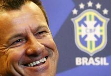 Técnico Dunga em entrevista coletiva no Rio de Janeiro. 22/07/2014 REUTERS/Ricardo Moraes