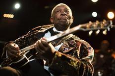 B.B. King durante apresentação no 45º Festival de Jazz de Montreux, em 2011. 02/07/2011  REUTERS/Valentin Flauraud