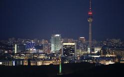 Vue de Berlin. Le gouvernement allemand a revu à la baisse ses prévisions de croissance pour cette année et l'an prochain, à 1,2% et 1,3% respectivement, contre 1,8% et 2,0% jusqu'à présent. /Photo d'archives/REUTERS/Fabrizio Bensch