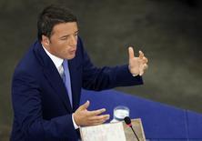 Le gouvernement italien a approuvé un projet de budget 2015 prévoyant 18 milliards d'euros d'allègements fiscaux qui ne devraient pas être du goût de la Commission européenne, cette dernière estimant que Rome doit faire davantage pour réduire sa dette. /Photo prise le 2 juillet 2014/REUTERS/Vincent Kessler