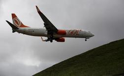Avião da Gol pousa no aeroporto de Congonhas, em São Paulo. 24/04/2014 REUTERS/Nacho Doce