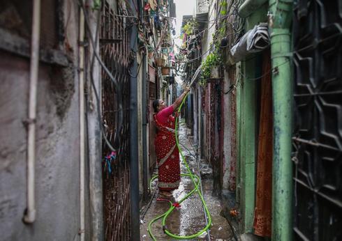 Peek into an alley