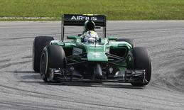 Caterham Formula One driver Marcus Ericsson of Sweden takes a corner during the Malaysian F1 Grand Prix at Sepang International Circuit outside Kuala Lumpur, March 30, 2014. REUTERS/Samsul Said