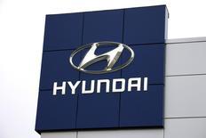 The Hyundai logo is seen outside a Hyundai car dealer in Golden, Colorado, November 3, 2014.  REUTERS/Rick Wilking