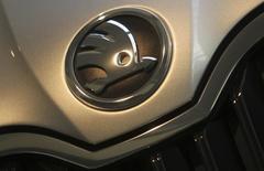 Skoda Auto va vendre plus d'un million de véhicules cette année, pour la première fois de son histoire, a déclaré la filiale du constructeur allemand Volkswagen. /Photo d'archives/REUTERS/David W Cerny