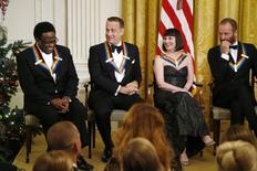 Homenageados do Kennedy Center Green, Hanks, McBride e Sting durante recepção na Casa Branca. 07/12/2014 REUTERS/Jonathan Ernst