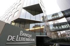 Le Luxembourga fait savoir qu'il  fournira aux gouvernements qui en font la demande les détails des accords fiscaux qu'il a passés avec des entreprises étrangères. /Photo d'archives/REUTERS/François Lenoir