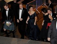 Britain's Prince William, Duke of Cambridge, and his wife, Catherine, Duchess of Cambridge arrive at Metropolitan Museum of Art to attend the St. Andrews 600th Anniversary Dinner in New York, December 9, 2014.  REUTERS/Robert Sabo/Pool
