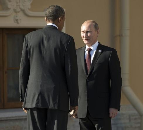 Obama says Putin presiding over economic contraction - CNN interview