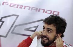 Piloto de F1 da Ferrari, Fernando Alonso, durante treinos livres no Grande Prêmio do Brasil, no circuito de Interlagos, em São Paulo, em novembro. 07/11/2014 REUTERS/Nacho Doce