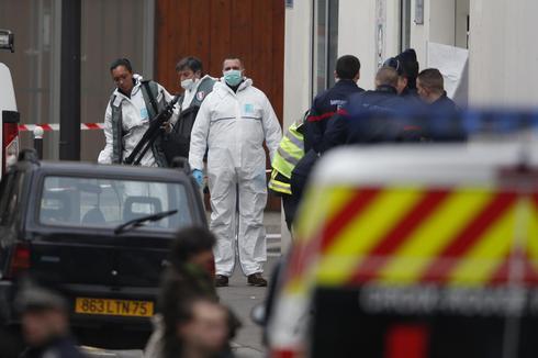Gunmen attack Paris magazine