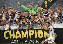 Jogadores da seleção alemã campeã do mundo no Maracanã. 13/07/2014 REUTERS/Dylan Martinez