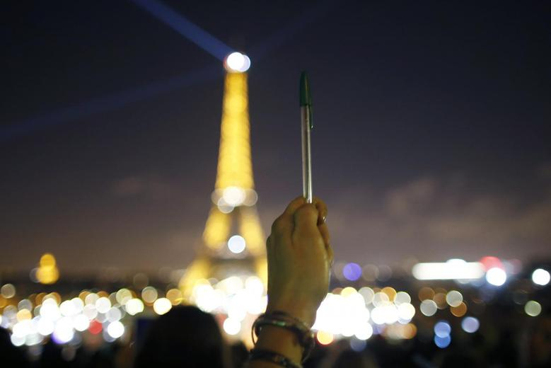 Vigils after Paris attack | Reuters.com