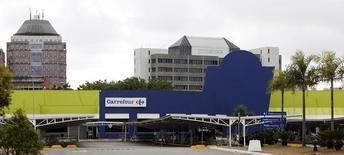 Loja do Carrefour em São Paulo. 24/12/2013  REUTERS/Paulo Whitaker