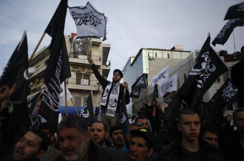 Thousands of Palestinians protest Charlie Hebdo...