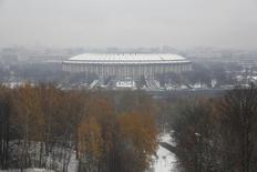 Vista geral do Estádio Luzhniki, que está em construção em Moscou, na Rússia, e será usado na Copa do Mundo de 2018. 20/10/2014 REUTERS/Maxim Zmeyev
