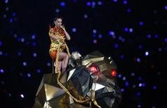 Katy Perry durante show do intervalo do Super Bowl em Glendale, nos Estados Unidos. 01/02/2015 REUTERS/Mark J. Rebilas-USA TODAY Sports