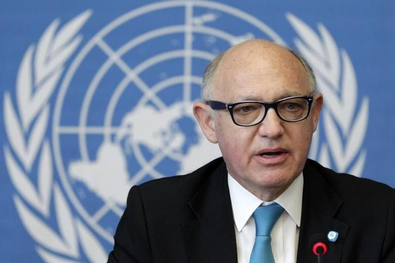 Argentina's Foreign Minister Hector Timerman addresses a news conference about a resolution on the effects of so-called ''vulture funds'' during the 27th Session of the Human Rights Council in Geneva September 26, 2014. REUTERS/Pierre Albouy