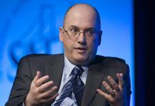 Steven A. Cohen, responds to a question during a one-on-one interview session at the SkyBridge Alternatives (SALT) Conference in Las Vegas, Nevada May 11, 2011. REUTERS/Steve Marcus