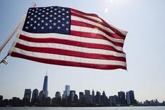 Bandeira dos EUA em Manhattan, Nova York. 11/07/2014 REUTERS/Lucas Jackson