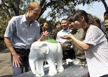 Príncipe William, da Grã-Bretanha, em visita à China. 04/03/2015. REUTERS/China Daily