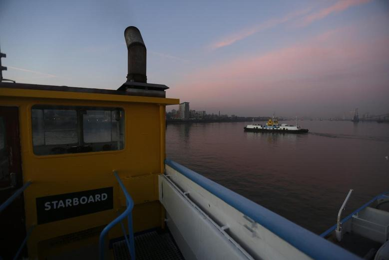 Life on the Woolwich ferry   Reuters com