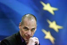 Le ministre grec des Finances, Yanis Varoufakis. La Grèce a demandé vendredi dans une lettre aux pays de la zone euro l'ouverture immédiate de discussions techniques avec ses créanciers internationaux à propos d'un premier train de réformes censé lui permettre de recevoir de nouveaux crédits. /Photo prise le 4 mars 2015/REUTERS/Alkis Konstantinidis