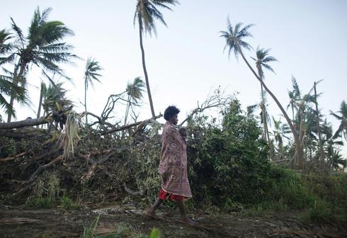 Cyclone devastates Vanuatu