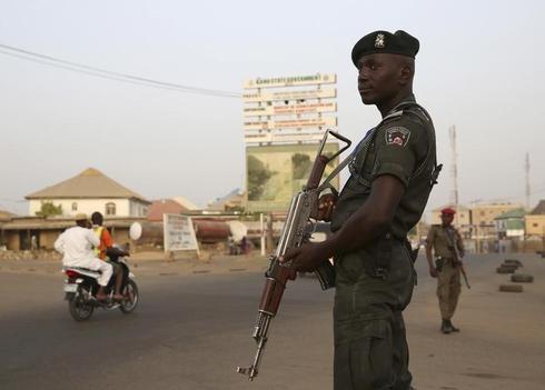 Nigeria vote runs into second day after glitches, killings
