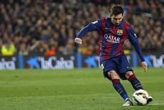 Lionel Messi durante partida contra o Real Madrid, no Camp Nou, em Barcelona.  22/03/2015     REUTERS/Paul Hanna