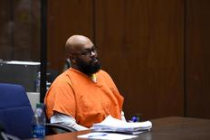 """Rap mogul Marion """"Suge"""" Knight appears in court during a bail review hearing in Los Angeles, California March 20, 2015. REUTERS/Robyn Beck/Pool"""