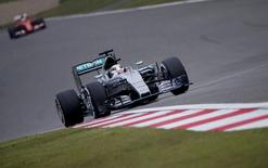 Mercedes Formula One driver Lewis Hamilton of Britain drives during the second practice ahead of the Chinese F1 Grand Prix at the Shanghai International Circuit April 10, 2015. REUTERS/Carlos Barria
