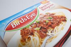 A Birds Eye frozen spaghetti bolognese meal is seen in a grocery store in London February 22, 2013.  REUTERS/Neil Hall