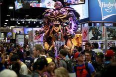 Le fabricant américain de jouets Hasbro, qui détient des licences pour des personnages de Marvel tels que Spider-Man et Iron Man s'est envolé de plus de 8% à Wall Street lundi après l'annonce d'une hausse surprise de son chiffre d'affaires trimestriel. /Photo prise le 25 juillet 2014/REUTERS/Sandy Huffaker