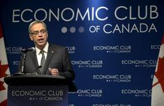Canada's Finance Minister Joe Oliver speaks during a lunch of the Economic Club of Canada at a hotel in Toronto April 8, 2015. REUTERS/Aaron Harris