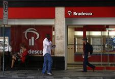 Agência do banco Bradesco no centro do Rio de Janeiro.   20/08/2015   REUTERS/Pilar Olivares