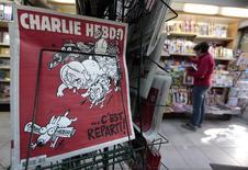 Jornal Charlie Hebdo em banca de Nice, na França. 07/01/2015 REUTERS/Eric Gaillard