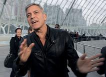 """Ator George Clooney antes de lançamento de """"Tomorrowland"""" em Valência. 19/5/2015.  REUTERS/Heino Kalis"""