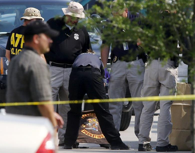 Texas police seek gang truce, end of bloodshed after deadly