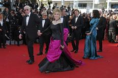 """(L-R) Cast members Michael Caine, Harvey Keitel, Jane Fonda, director Paolo Sorrentino, cast members Paul Dano and Rachel Weisz pose on the red carpet as they arrive for the screening of the film """"Youth"""" in competition at the 68th Cannes Film Festival in Cannes, southern France, May 20, 2015.       REUTERS/Benoit Tessier"""
