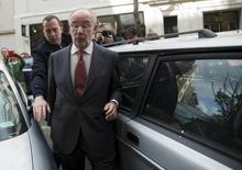 Ex-diretor-geral do FMI Rodrigo Rato chega em seu escritório em Madri. 17/04/2015 REUTERS/Andrea Comas