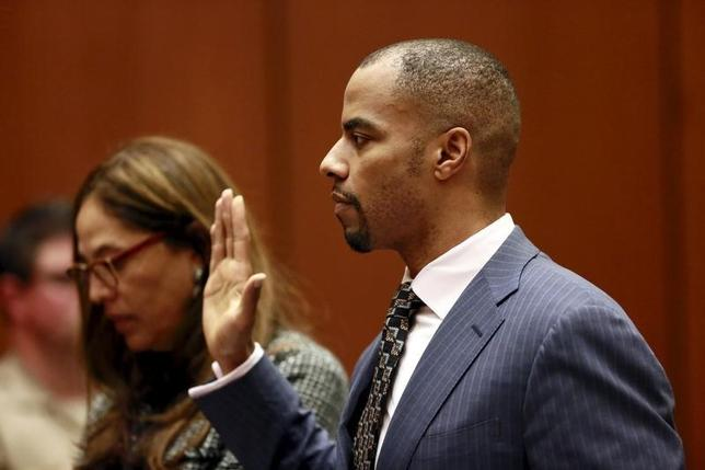 Former National Football League star Darren Sharper appears at the Clara Shortridge Foltz Criminal Justice Center in Los Angeles, California March 23, 2015. REUTERS/Nick Ut/Pool