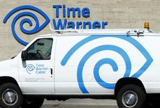 A Time Warner Cable office is pictured in San Diego, California October 15, 2014.   REUTERS/Mike Blake